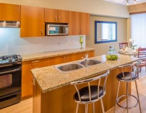bigstock-Modern-dining-room-in-luxury-h-54623693(3)